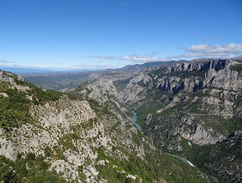 panoramic views over verdon gorge independent hiking trail in France